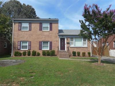 Hampton Single Family Home New Listing: 211 Valirey Dr