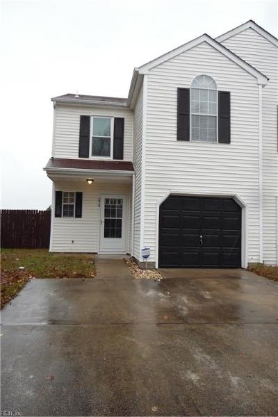 Suffolk Single Family Home New Listing: 278 Wexford Dr W