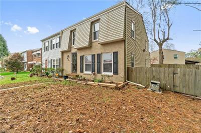 Virginia Beach Single Family Home New Listing: 6233 Lippizan Cir