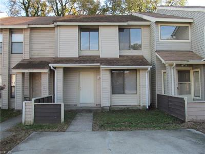 Virginia Beach Single Family Home New Listing: 5629 Old Guard Cres