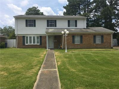 Virginia Beach Single Family Home New Listing: 4073 W Colonial Pw