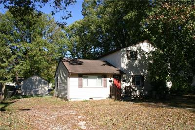 Newport News Single Family Home New Listing: 115 Woodhaven Rd