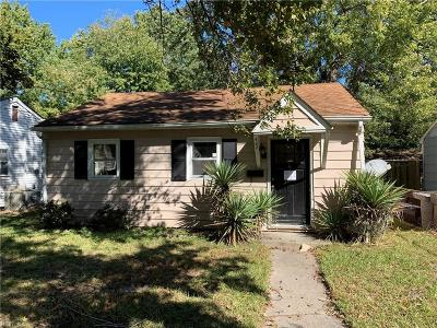 Hampton Single Family Home New Listing: 422 Smiley Rd