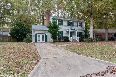Newport News Single Family Home New Listing: 726 Plymouth Cir