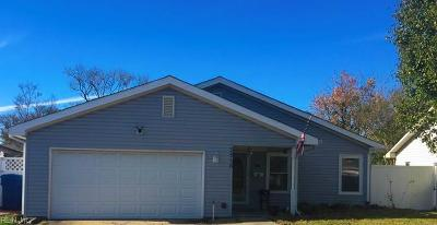 Virginia Beach Single Family Home New Listing: 3516 Daffodil Cres