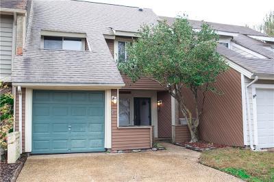 Virginia Beach Single Family Home New Listing: 612 Mansfield Cir