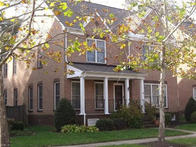 Newport News Single Family Home For Sale: 285 Herman Melville Ave