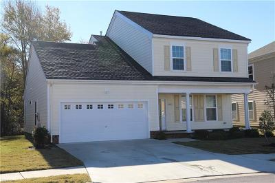 Suffolk Single Family Home New Listing: 5064 Kings Grant Cir #216