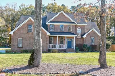 Virginia Beach Single Family Home New Listing: 1721 Live Oak Trail Rd