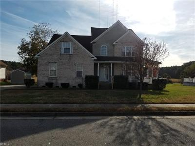 Hampton Single Family Home For Sale: 11 Ashe Meadows Dr