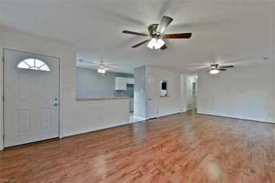 Virginia Beach VA Single Family Home New Listing: $160,000