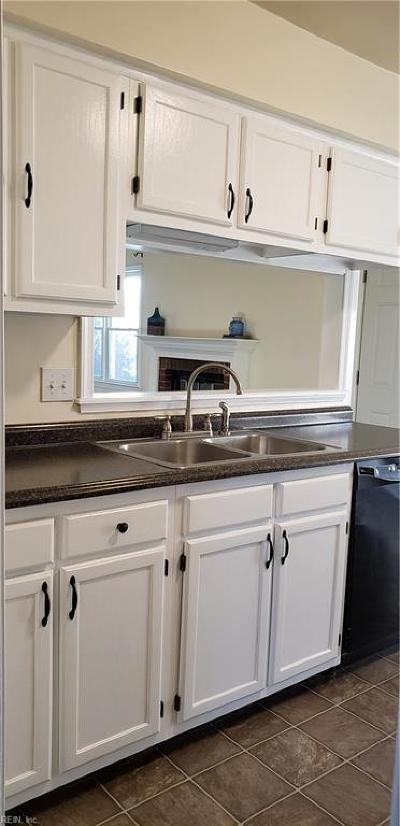 Virginia Beach VA Single Family Home New Listing: $255,000