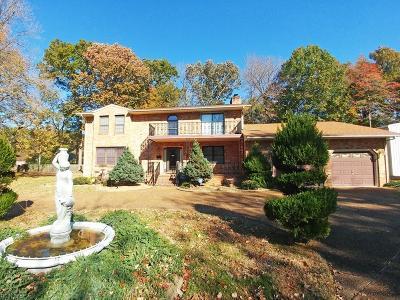 Hampton Residential For Sale: 109 Bear Creek Xing