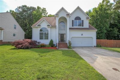 Chesapeake Single Family Home New Listing: 2640 River Oaks Dr