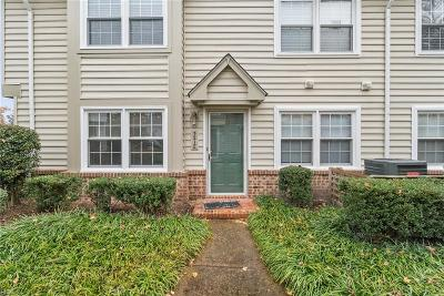 Single Family Home For Sale: 321 Wimbledon Chse