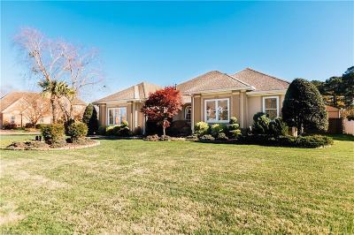 Virginia Beach Single Family Home For Sale: 2472 Las Brisas Dr