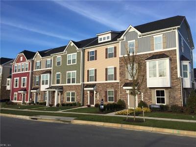 Virginia Beach Single Family Home For Sale: 505 Clara Ln