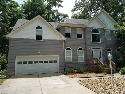 Virginia Beach Single Family Home For Sale: 601 Wild Duck Ky