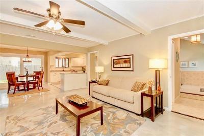 Virginia Beach Single Family Home For Sale: 1104 Cole Ct