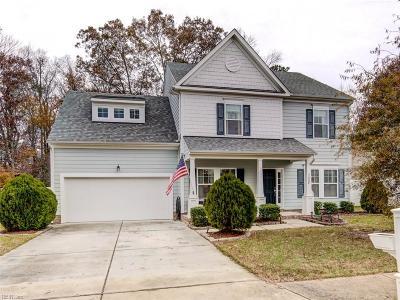 Suffolk Single Family Home For Sale: 3004 Elmore Cir