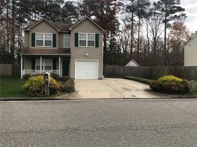 Newport News Single Family Home New Listing: 752 Kings Ridge Dr