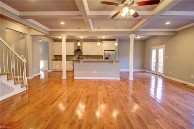 Suffolk Single Family Home For Sale: 5192 Townpoint Road Rd