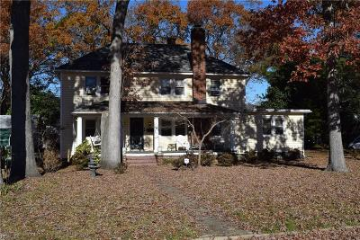 Portsmouth Multi Family Home Under Contract: 113 Afton Pw