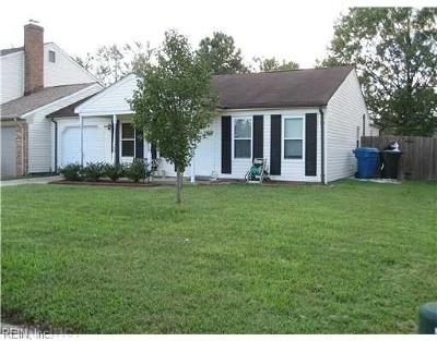 Virginia Beach Single Family Home New Listing: 917 Wildflower Ct