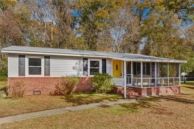 Suffolk Single Family Home New Listing: 806 Nixon Dr