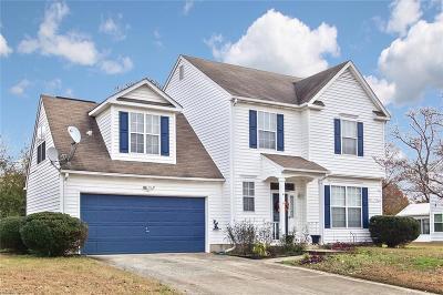 Hampton Single Family Home New Listing: 8 Keeton Ct
