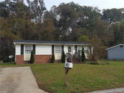 Suffolk Single Family Home New Listing: 804 Nixon Dr