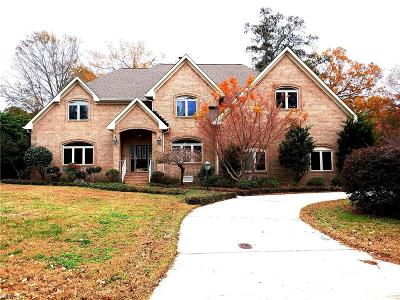 Virginia Beach Single Family Home Under Contract: 1950 Woodside Ln