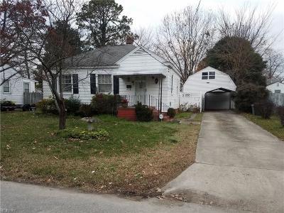 Hampton Single Family Home New Listing: 15 Cavalier Rd