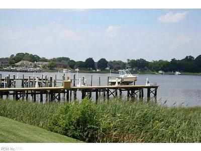 Portsmouth Single Family Home New Listing: 16 Sandie Point Ln