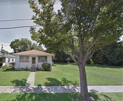 Norfolk Single Family Home New Listing: 911 Leake St
