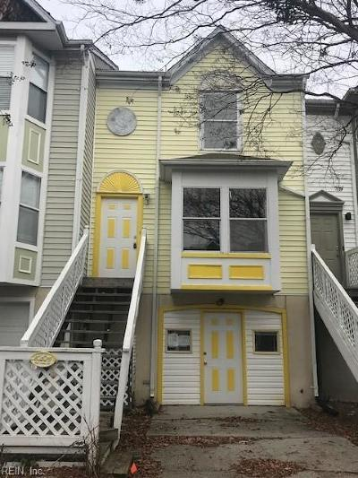 Newport News Single Family Home New Listing: 447 Eureka Loop
