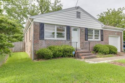 Hampton Single Family Home New Listing: 1549 Grove St