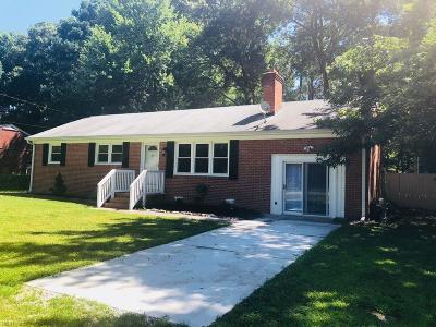 Yorktown Single Family Home New Listing: 108 Carraway Ter