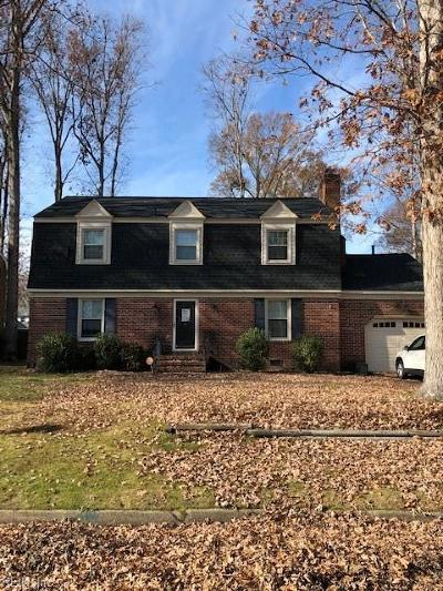 Newport News Single Family Home New Listing: 2105 Southgate Rd