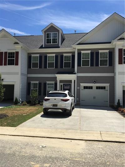Yorktown Single Family Home Under Contract: 329 Martin Farm Rd