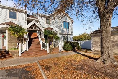Chesapeake Single Family Home New Listing: 100 Harbor Watch Dr