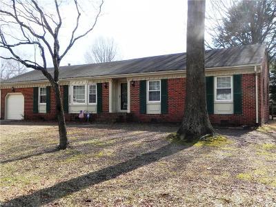 Chesapeake Single Family Home New Listing: 2904 Evergreen Ct