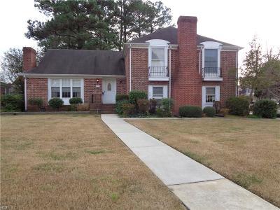 Hampton Single Family Home New Listing: 2 Collinwood Cir