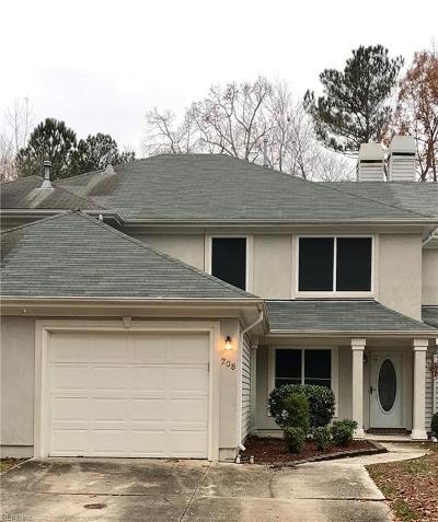Chesapeake Single Family Home New Listing: 208 Esplanade Pl