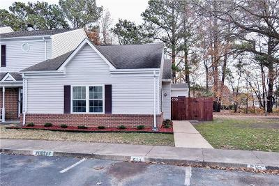 Yorktown Single Family Home Under Contract: 513 Wrought Iron Bnd