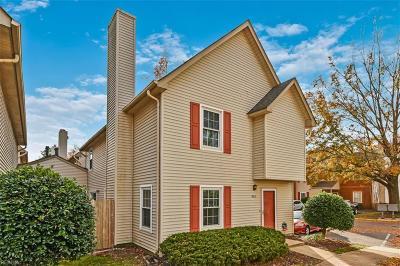 Virginia Beach Single Family Home New Listing: 856 Gas Light Ln