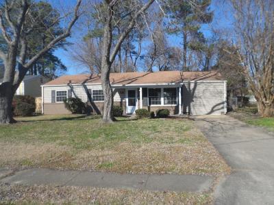 Hampton Single Family Home New Listing: 13 Marldale Dr