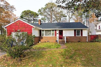 Portsmouth Single Family Home New Listing: 61 Pollux Cir W