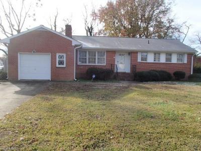 Hampton Single Family Home New Listing: 12 Inglewood Dr