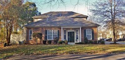Virginia Beach Single Family Home New Listing: 2145 Whittington Ct
